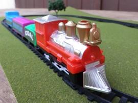 101221_train_set_in_a_tin_2_-_wrn.jpg
