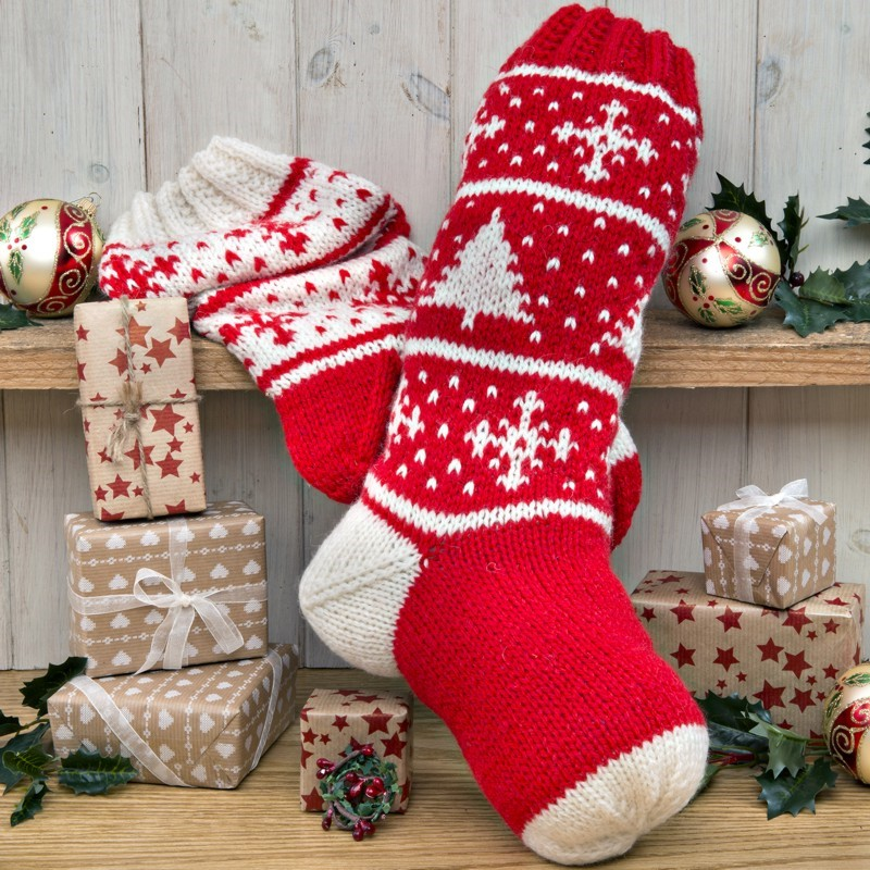 Knit Pattern For Christmas Stocking Kit : Christmas Stockings Knitting Kit